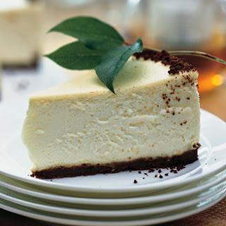 Lemon Cheesecake with Gingersnap Crust.
