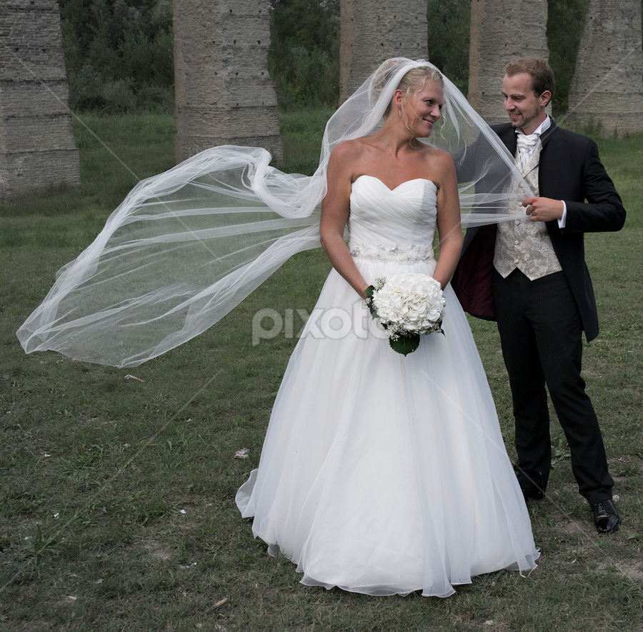 by Kristinn Gudlaugsson - Wedding Bride & Groom ( love, wedding, happy, bride, groom, flower )