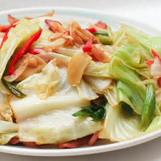 Chinese Spicy and Sour Stir-Fried Cabbage With Bacon.