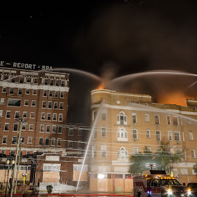 Majestic Hotel fire by Matt Mcclenahan - News & Events Disasters ( majestic hotel, news, fire fighter, hot springs, fire, arkansas,  )