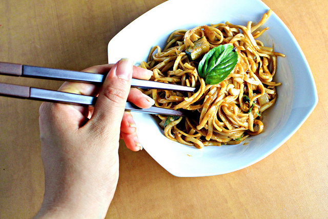 Noodles in Thai Curry Sauce Recipe