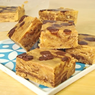 Easy Chocolate Peanut Butter Crunch Fudge.
