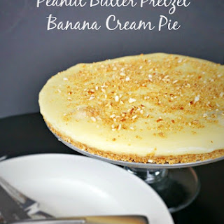 Peanut Butter Pretzel Banana Cream Pie