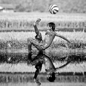 by DODY KUSUMA  - Black & White Sports