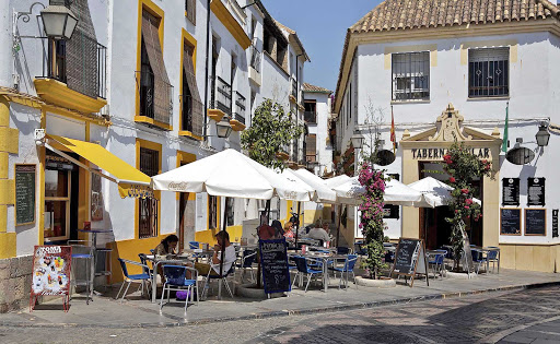 Cordoba-tabernas-Spain - One of the most popular ways to enjoy the rich cuisine of Córdoba, southern Spain, is by spending time at one of the many terrace eateries.