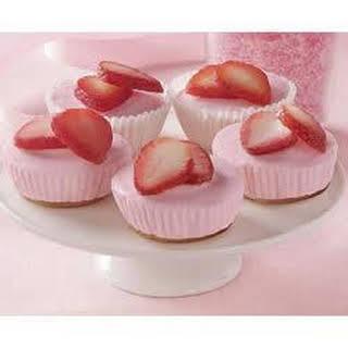 Mini Strawberry Cheesecakes.