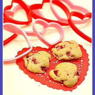 Strawberries and Cream Cookies