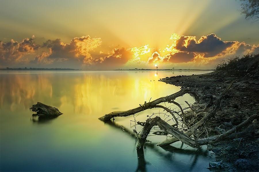 The Magical Morning by Ade Irgha - Landscapes Sunsets & Sunrises ( explore bali, reflection, airimagebali.com, sunrise, serangan island )