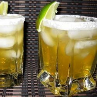 Italian Amaretto Margaritas On the Rocks.