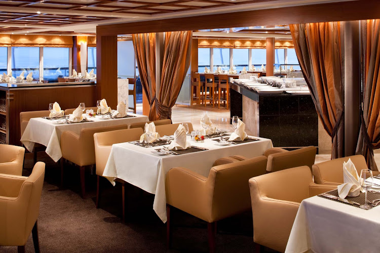 The Colonnade serves regionally themed, bistro-style meals in a casual yet stylish setting aboard Seabourn Odyssey. It's open for breakfast, lunch and dinner.