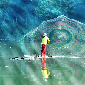 Traditional Fisherman in Depok, Indonesia by Tamlikho Tam - People Professional People