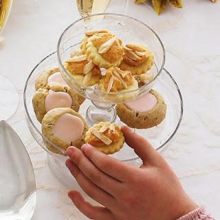 Almond-Meringue Cookies