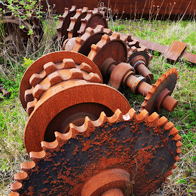 by Laddy Kite - Artistic Objects Industrial Objects
