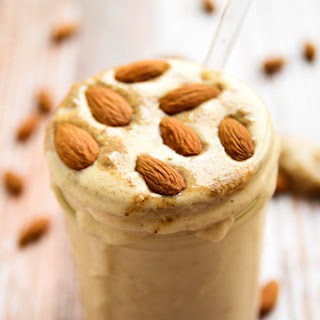 Almond Butter Maca Madness Smoothie.