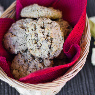 Oatmeal Raisin and White Chocolate Cookies Recipe