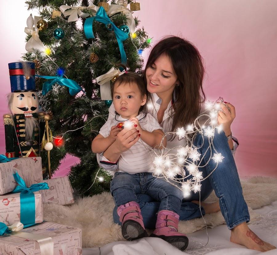 Christmas Holiday Family by Andrew Maslin - Public Holidays Christmas ( studio, mother, family, christmas, christmas tree )