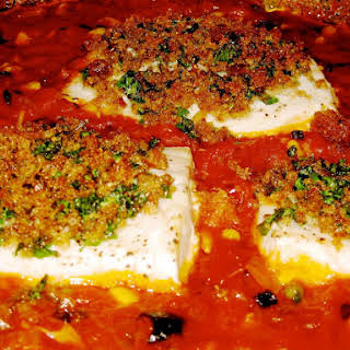 Swordfish Baked in Tomato Sauce with Crunchy Breadcrumbs.