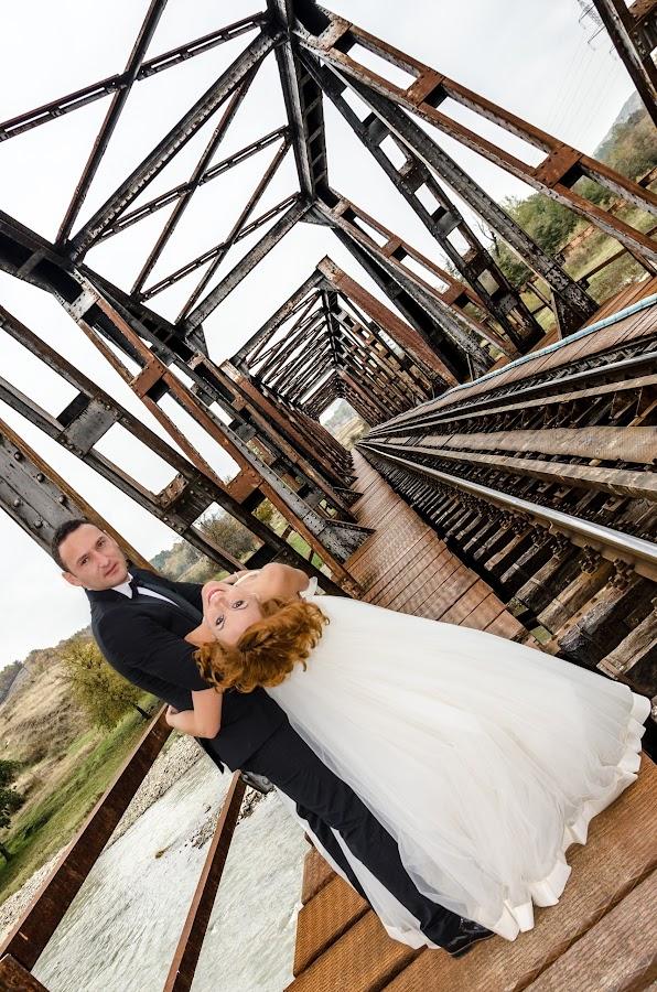 by Andrei Butnaru - Wedding Bride & Groom