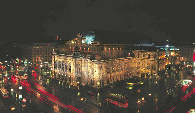 State Opera House at night in Vienna, Austria.