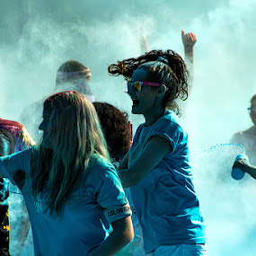 Color Run Braga 2014 - Portugal by Júlio Alves - People Group/Corporate ( color run, 2014, braga, fun, run, portugal )