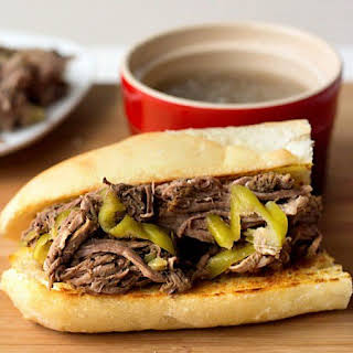 Easy Slow Cooker Italian Beef Recipe {for Pick 'n Save}.