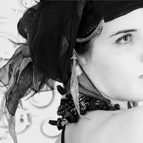 look loss by Dolors Bas Vall - People Portraits of Women ( girl, black and white, romantic, jewelry, people, digital, portrait )