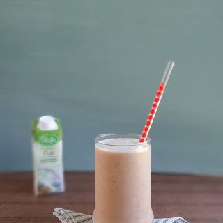 Coconut Chai Oat Smoothie