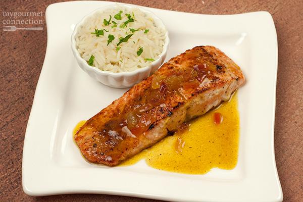 Pan-Seared Salmon with Orange-Curry Sauce Recipe