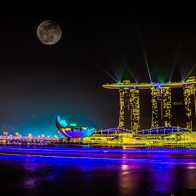 High-Lights by Dhum Liriah - City,  Street & Park  Night ( light trails, long exposure, night, longexposure, nightscapes )