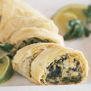 Make-Ahead PHILLY Spinach Phyllo Roll-Ups.