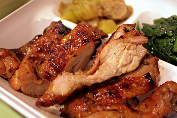 師大夜市-雞腿挺嫩的☆珍品味泰式碳烤