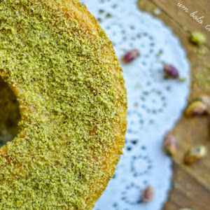 Pistachio and Ginger Cake