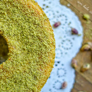 Pistachio and Ginger Cake.