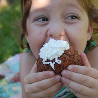 2 Minute Hot Chocolate Cake