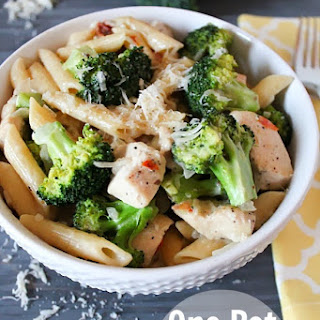 One Pot Chicken, Penne and Broccoli.