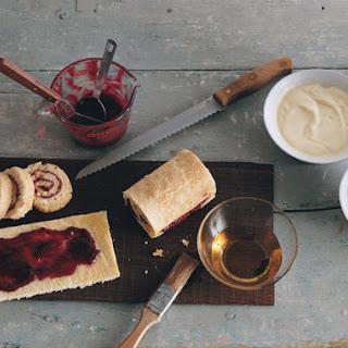 Almond Sherry Christmas Trifle.