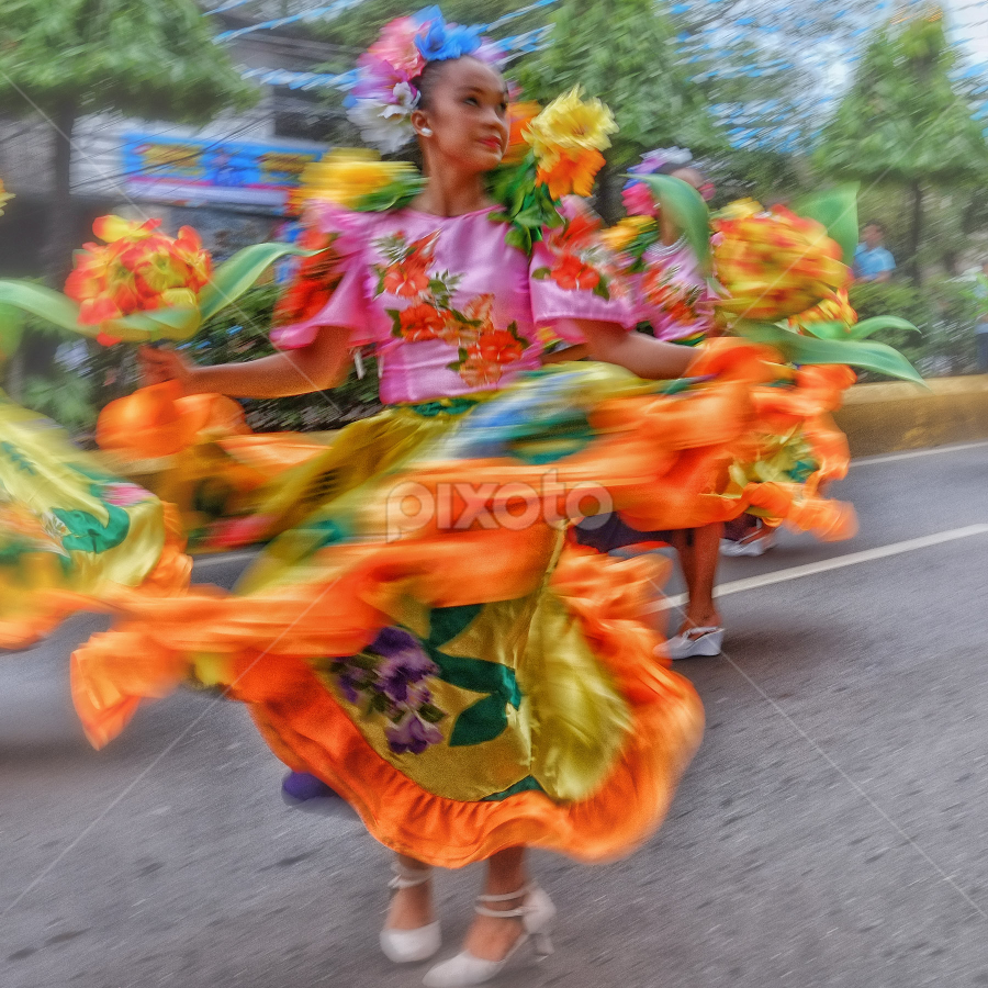 Dancer by Ferdinand Ludo - News & Events World Events ( dancer for sinulog 2014, salvo, opening day,  )