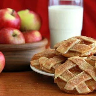Caramel Apple Pie Cookies.