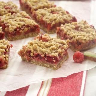 Raspberry Rhubarb Crisp Bars {Farmer's Market Friday}