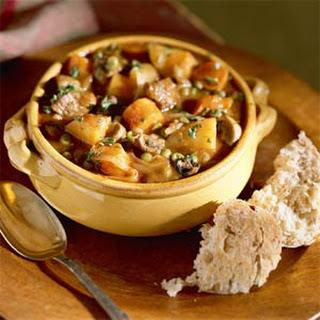 Hearty Vegetable Stew Seasoned with Beef.