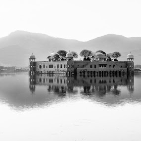 reflection by Ankur Chaturvedi - Black & White Buildings & Architecture ( jaipur, black and white, architecture, travel )