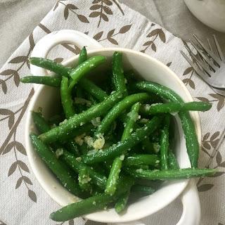 Simple Garlic Parmesan Green Beans.