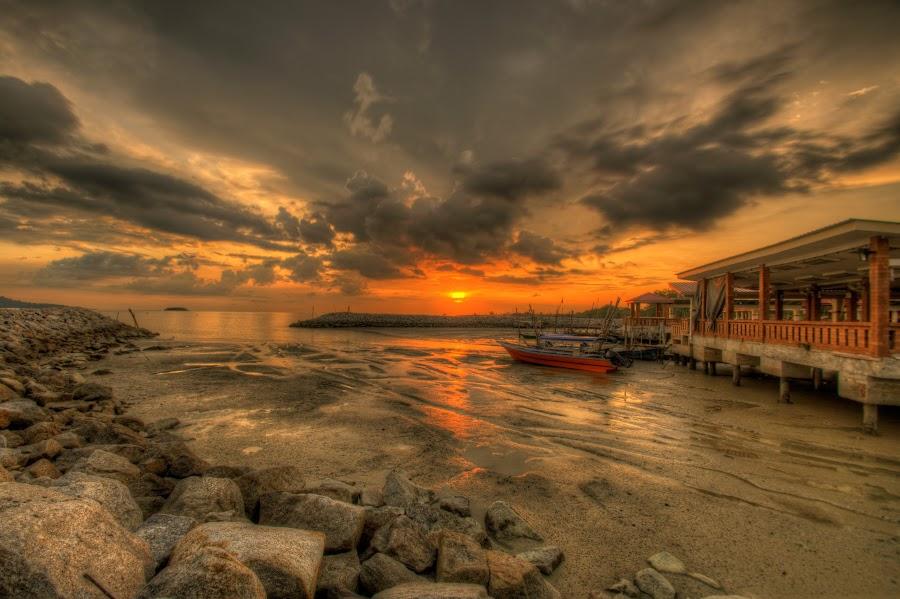 Jeti kg nelayan siring malaysia by Jellyzaily Yusof - Landscapes Sunsets & Sunrises