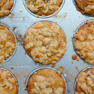 Apple Crumble Muffins (Vegan)