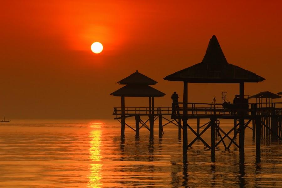 matahariku by Kurniawan H - Landscapes Sunsets & Sunrises ( sunset and sunrice, beach, landscape,  )