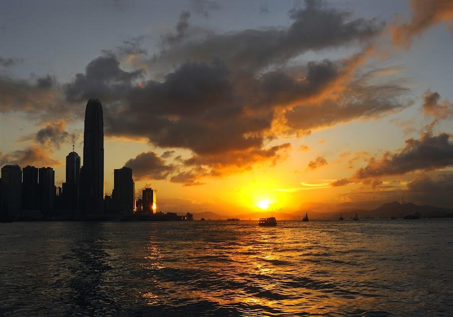 Hong Kong Sunset by Leka Huie - Landscapes Sunsets & Sunrises ( hong kong, sunset, harbour, , Urban, City, Lifestyle, colorful, mood factory, vibrant, happiness, January, moods, emotions, inspiration, golden hour, sunrise, #GARYFONGDRAMATICLIGHT, #WTFBOBDAVIS )