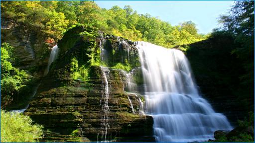 滝のテーマ