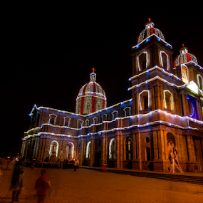 St.Francis Xavier cathedral by Amitabh Mukherjee - Buildings & Architecture Places of Worship ( canon, lights, amitabh, church, christmas, cathedral, long exposure, tokina )