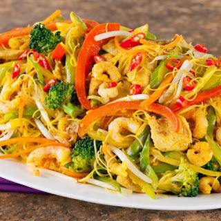 Spicy Singapore Noodles.