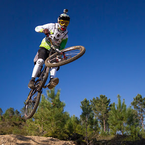 Fly on the mountain by Vasco Morais - Sports & Fitness Cycling